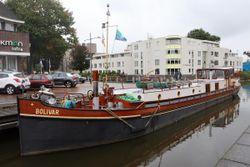 Self supported Barge liveaboard
