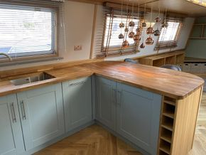 Professionally fitted kitchen