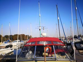 Coronet 32 Oceanfarer  - Coachroof/Wheelhouse