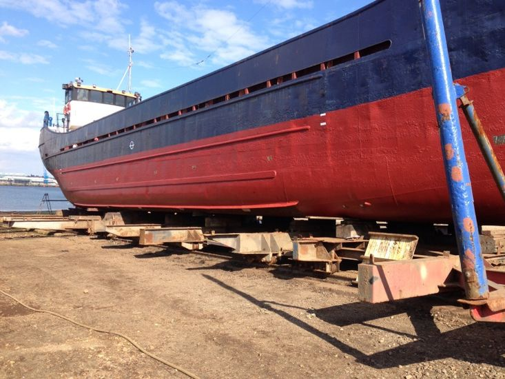 140ft Coaster Class 9a - Would make great houseboat
