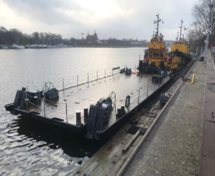PONTOON 20 x 8 m         work-pontoon