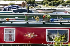 30ft Narrowboat Moorings at Tattenhall Marina