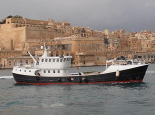 Dive Charter and Exploration Vessel