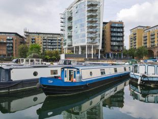 2005 Wide Beam 70ft with London mooring