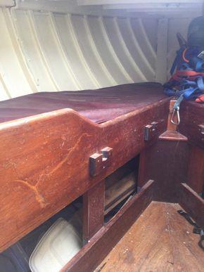 Fore cabin berth