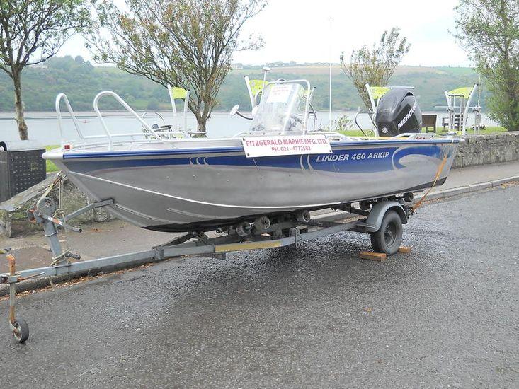 Linder 460 Aluminum Sports Boat