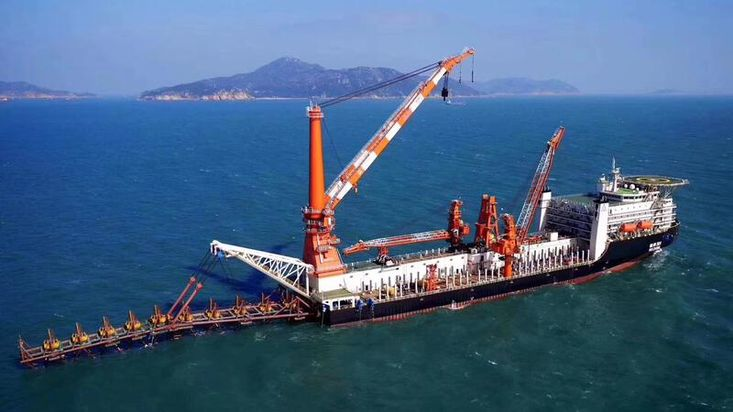 Pipe Laying Vessel