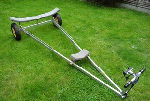 Lark twin cradle launching trolley