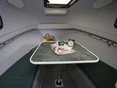 Trophy 2052 Walkaround Cabin