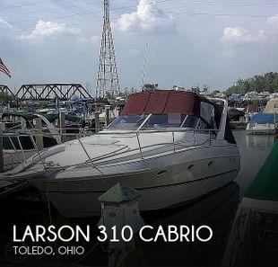 1997 Larson 310 Cabrio
