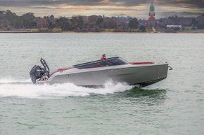 Cranchi E26 Rider, Tingdene Boat Sales