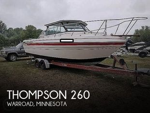 1989 Thompson 260 Fisherman