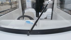 Electric Windscreen Wiper