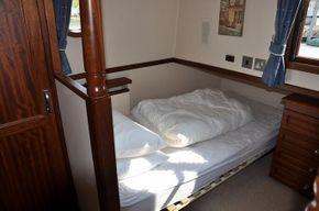 Aft cabin - Starboard bunk