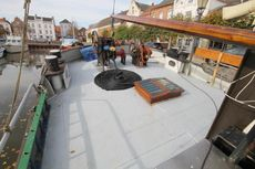 Barge live aboard sailing ship