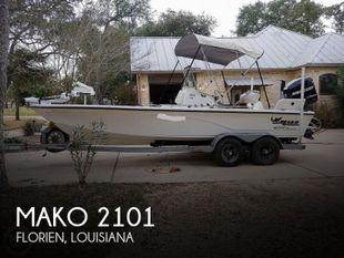 2008 Mako 2101