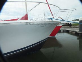 Luhrs 360 SX Express  - Bow