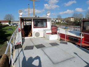 Patrol Vessel 55ft with Residential Mooring - Exterior