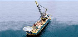 Crane Pipelaying Barge