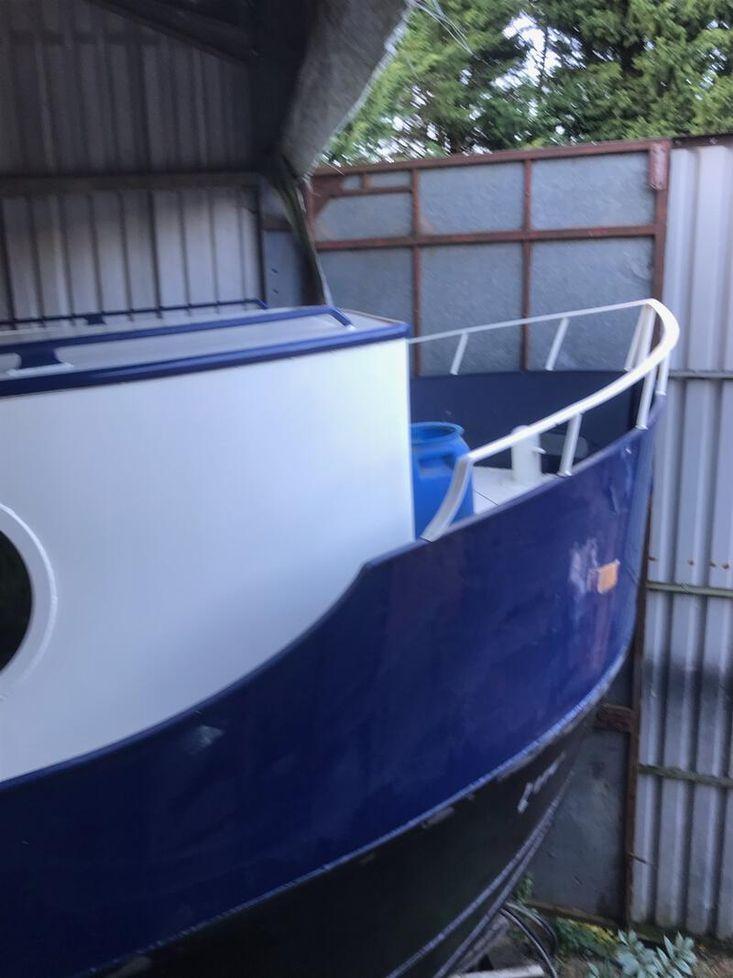 Dutch Barge