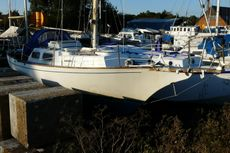 NANTUCKET CLIPPER 5 BERTH CLASSIC YACHT