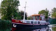 Luxmotor Dutch Barge