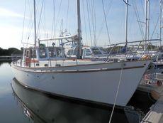 Liveaboard Motorsailer Sole Bay 35