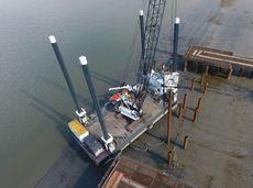 1990 Barge - Jack Up Platform For Charter