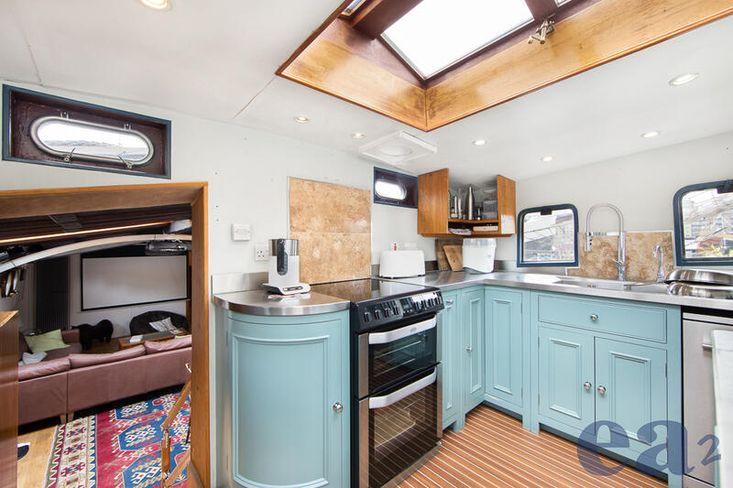 Houseboat Barge River Thames including Freehold Mooring