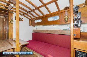 Saloon starboard