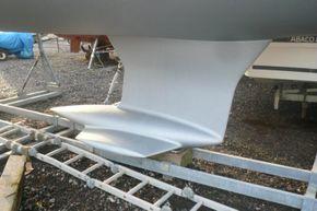 Keel (similar boat)
