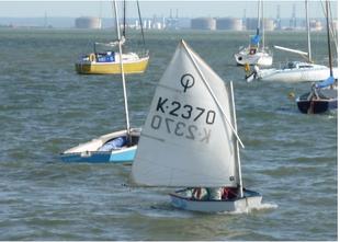 Optimist K2370 Suitable for beginner 7-12 year olds