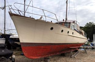 38ft. TRADITIONAL 1930s GENTLEMAN'S MOTOR YACHT