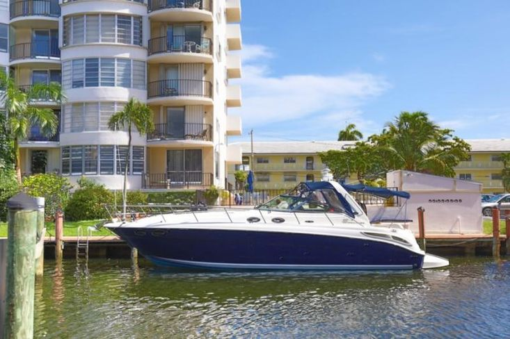 2004 Sea Ray 380 Sundancer