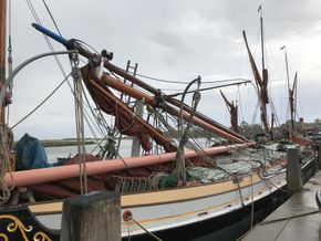 Standing the masts May 2021.