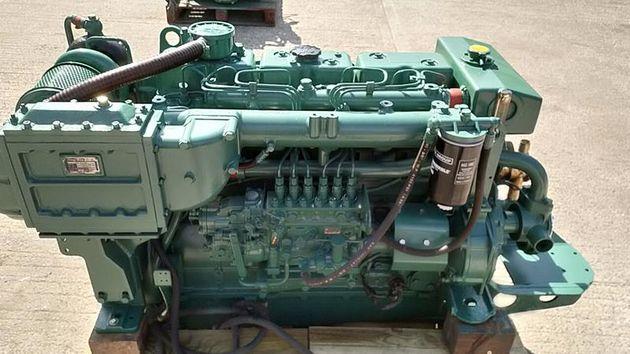 Doosan L086TIH 285hp Bobtail Marine Diesel Engine