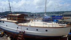Wooden Motor Yacht Twin Screw