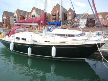 Barbican 35  - classic long keel yacht