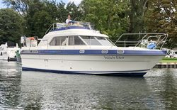 Fairline Turbo 36