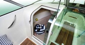 Single berth / storage