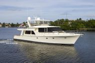 2001 Offshore Yachts Pilothouse