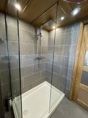 1100mm walk in shower