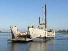 1954/2012 119' x 34' LCU Landing Craft - New Pictures!