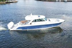 2022 Tiara Yachts