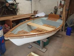 Tradman 10 Clinker Fibreglass row boat