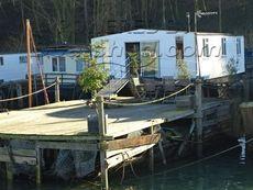 1900 Houseboat Thames Lighter Barge