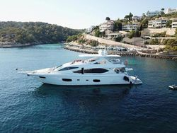 2011 Sunseeker Flybridge Motor Yacht