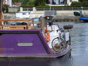 Residential Barge TRIVW until  07/2028 - Stern