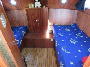 Dutch Steel Cruiser Canal and river cruiser - Aft Cabin