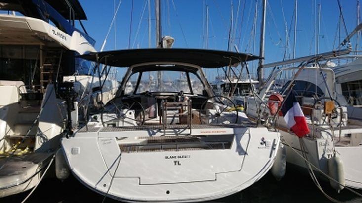 2017 OCEANIS 45